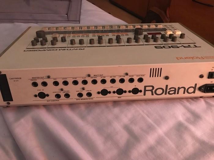 Roland TR-909 (90738)
