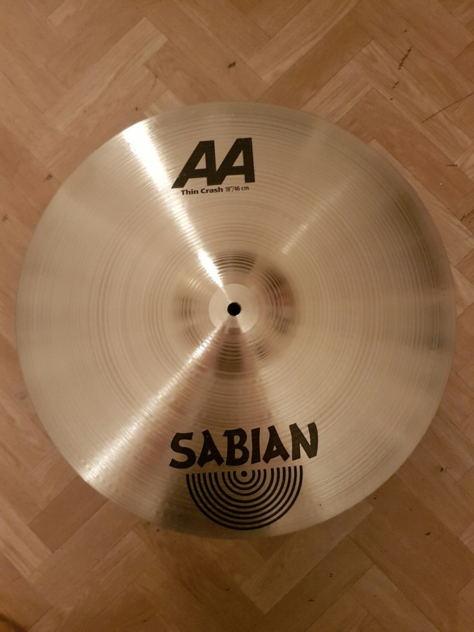 Sabian AA Thin Crash 18