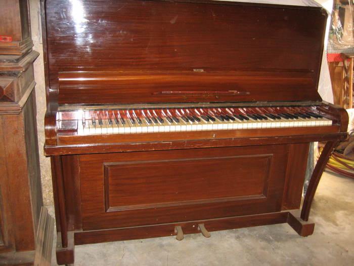 piano droit languedoc roussillon audiofanzine. Black Bedroom Furniture Sets. Home Design Ideas