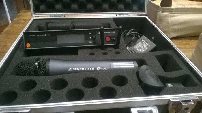Sennheiser Sennheiser ew300. Micro HF main* (26916)