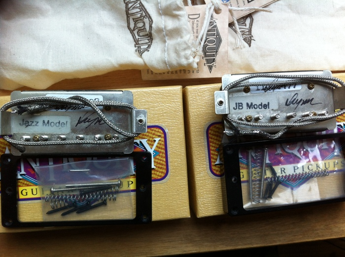SD 35th Anniversary JB/Jazz set vs SD Antiquity JB/Jazz set | My Les ...