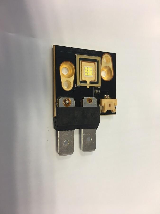 https://medias.audiofanzine.com/images/thumbs3/showtec-phantom-75-led-beam-2439883.jpg