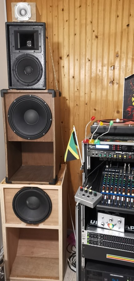 https://medias.audiofanzine.com/images/thumbs3/sonorisation-2888051.jpg