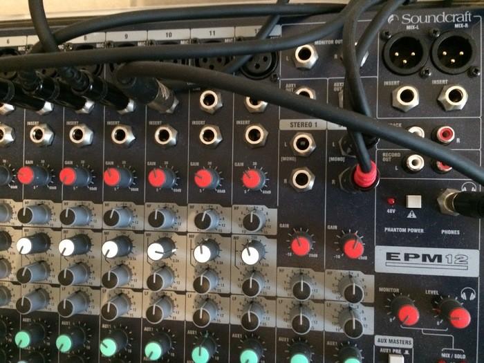 Soundcraft EPM12 (34492)