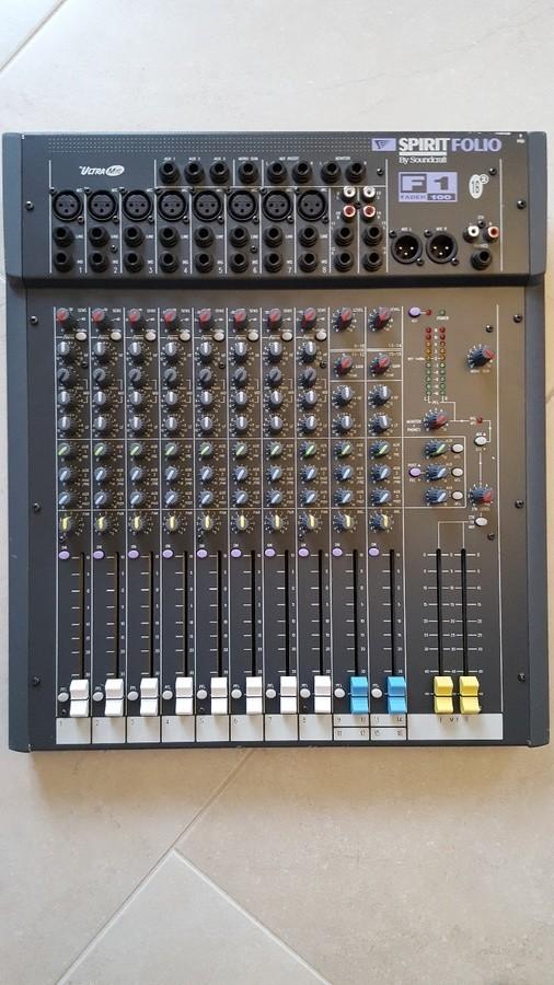 Soundcraft F1 14 (99125)
