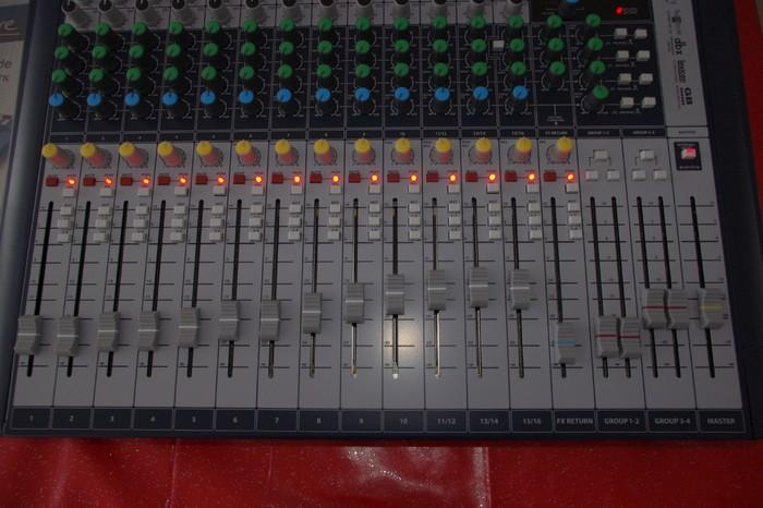 Soundcraft Signature 16 (23792)