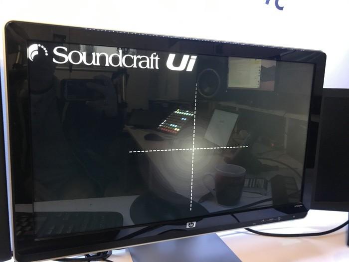 https://medias.audiofanzine.com/images/thumbs3/soundcraft-ui-16-3157629.jpeg