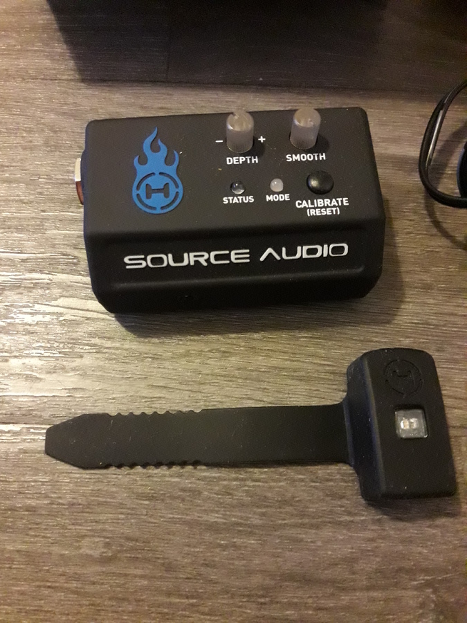 Source Audio Hot Hand 3 Wireless Effects Controller lezzzouave images