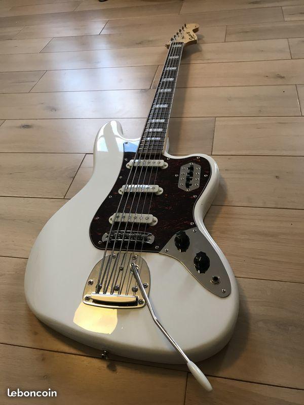 Squier Vintage Modified Bass VI (32017)