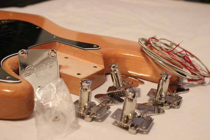 Squier Vintage Modified Jazz Bass ilanbass images