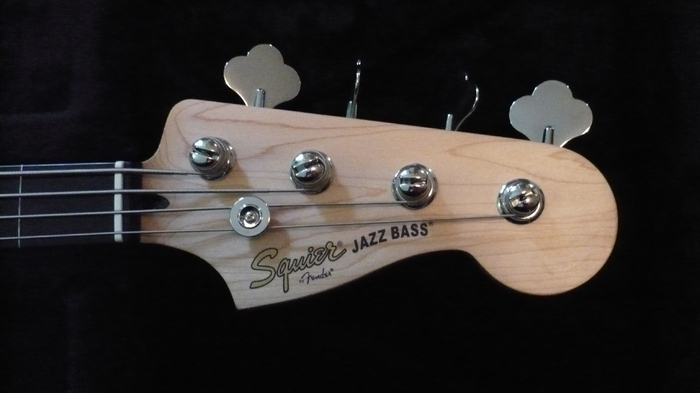 Squier vintage modified jazz bass fretless reviews