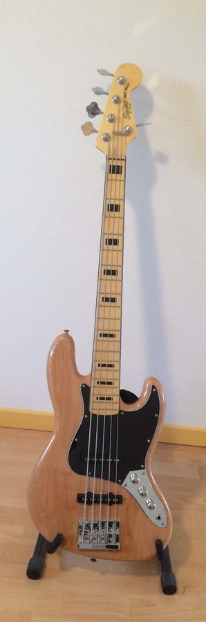 Squier Vintage Modified Jazz Bass V (117)