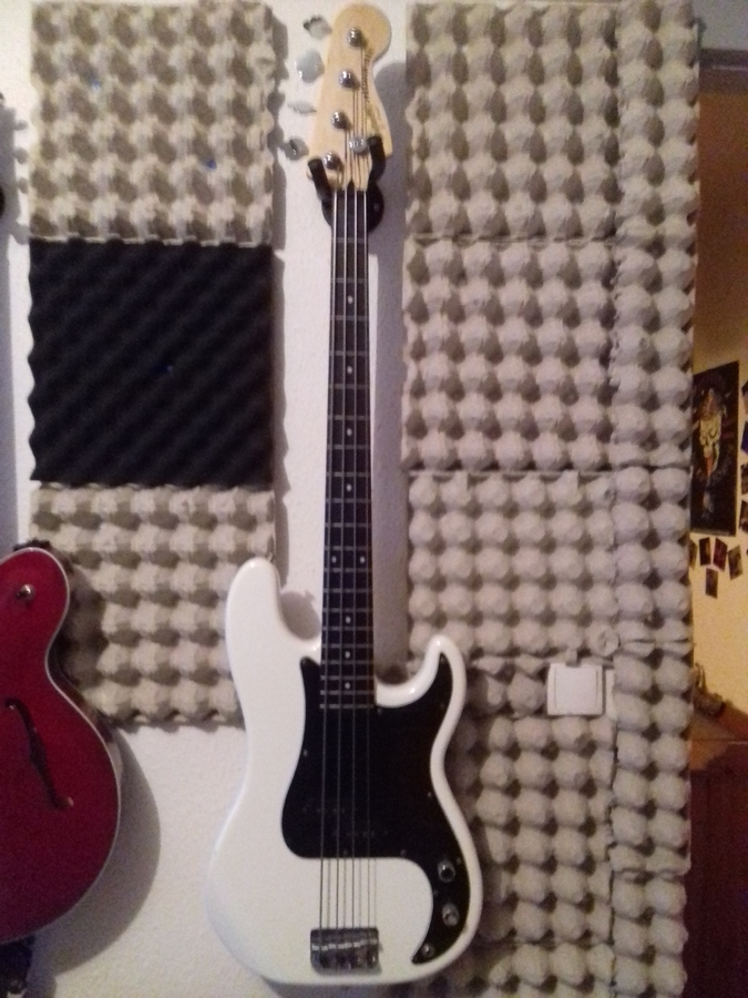 Squier Vintage Modified Precision Bass provoc' images