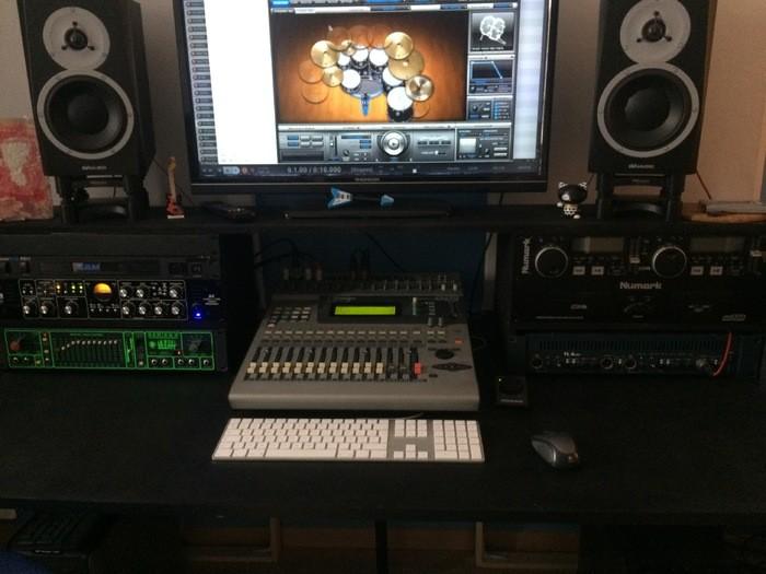 Des photos de vos home studios et les discussions qui vont avec