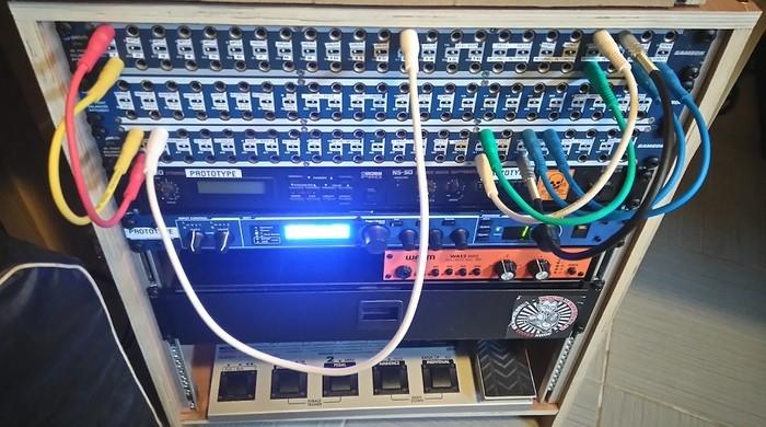 https://medias.audiofanzine.com/images/thumbs3/studio-home-studio-2782536.jpg