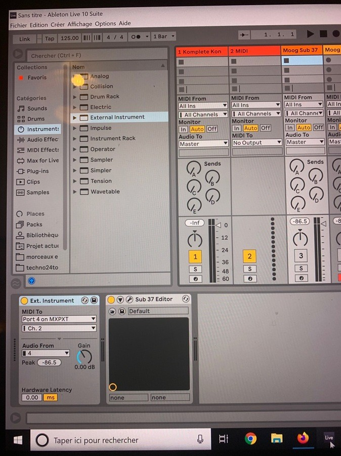 https://medias.audiofanzine.com/images/thumbs3/studio-home-studio-2949850.jpg