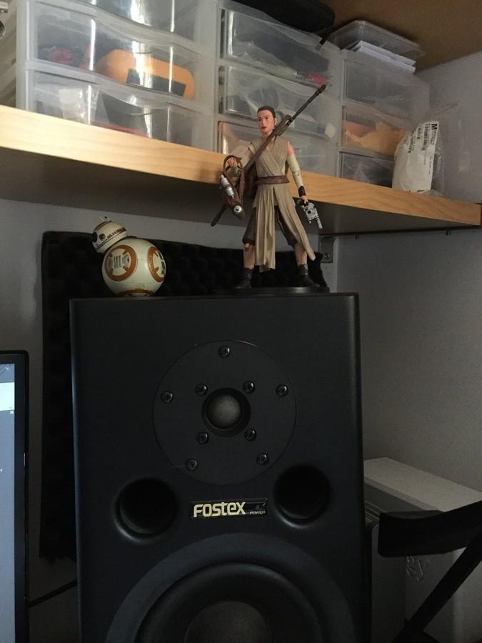 https://medias.audiofanzine.com/images/thumbs3/studio-home-studio-3037152.jpg