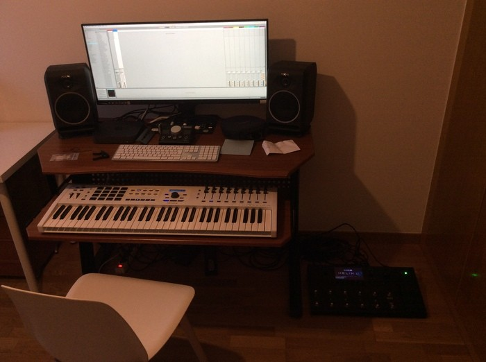 https://medias.audiofanzine.com/images/thumbs3/studio-home-studio-3169771.jpeg