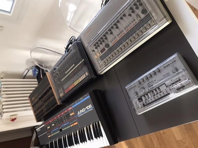 https://medias.audiofanzine.com/images/thumbs3/studio-home-studio-3218103.jpeg