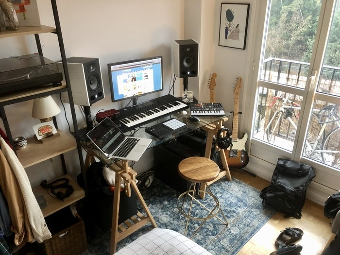 https://medias.audiofanzine.com/images/thumbs3/studio-home-studio-3218339.jpeg