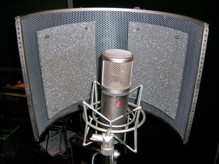 Photo studio home studio le dispositif acoustique for Isolation studio musique