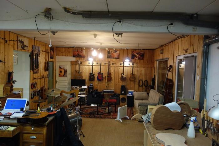https://medias.audiofanzine.com/images/thumbs3/studio-home-studio-3315102.jpg