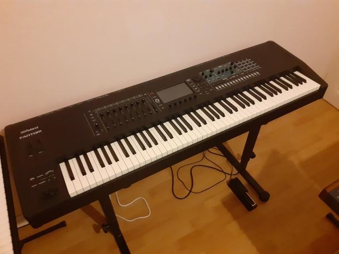 https://medias.audiofanzine.com/images/thumbs3/studio-home-studio-3611080.jpg