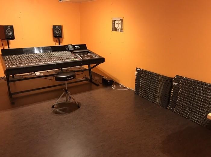 https://medias.audiofanzine.com/images/thumbs3/tac-total-audio-concepts-2909810.jpeg