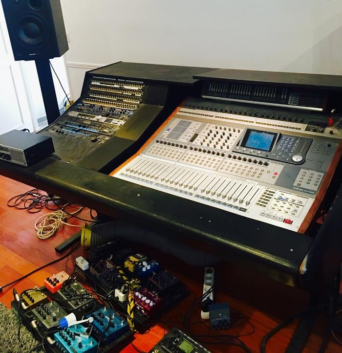 vend table de mix num rique tascam dm 4800 ile de france audiofanzine. Black Bedroom Furniture Sets. Home Design Ideas