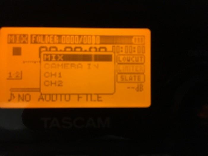https://medias.audiofanzine.com/images/thumbs3/tascam-dr-40-2530777.jpg