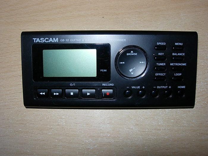 Tascam GB-10 Guitar/Bass Trainer/Recorder (74331)