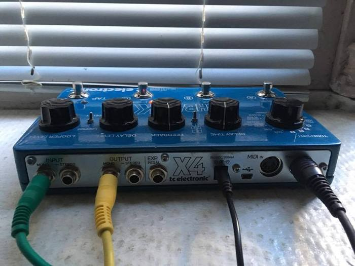 TC Electronic Flashback x4 nicolas.satarabartko images