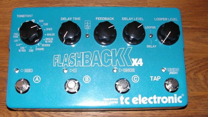 TC Electronic Flashback x4 (10031)