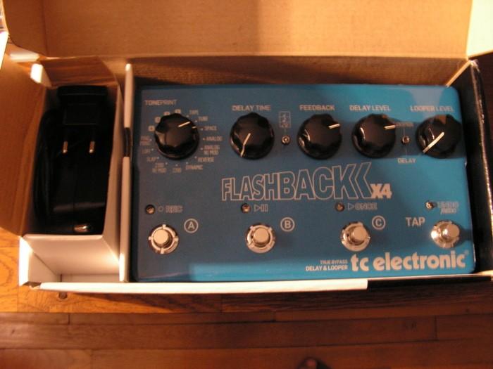 TC Electronic Flashback x4 (60389)