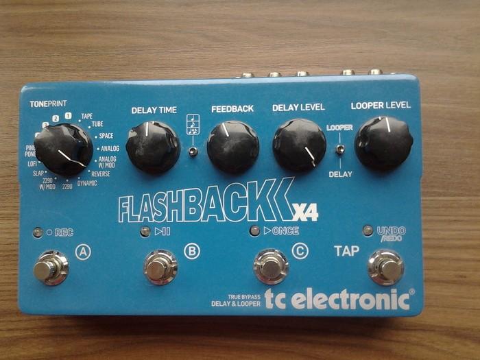 TC Electronic Flashback x4 (50114)