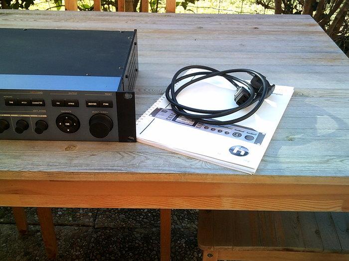 TC-Helicon VoicePro (80455)