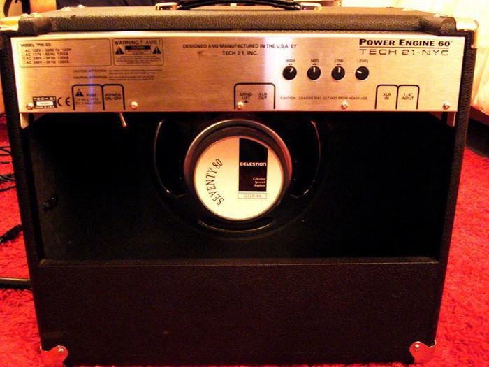 tech 21 power engine 60 1x12 image 197007 audiofanzine. Black Bedroom Furniture Sets. Home Design Ideas