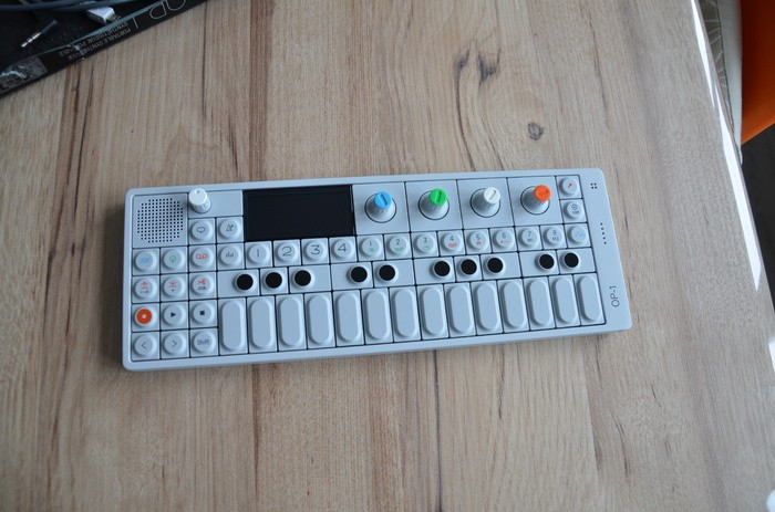 Teenage Engineering OP-1 (25126)