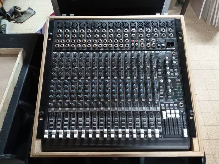 Turbosound M15 (46803)