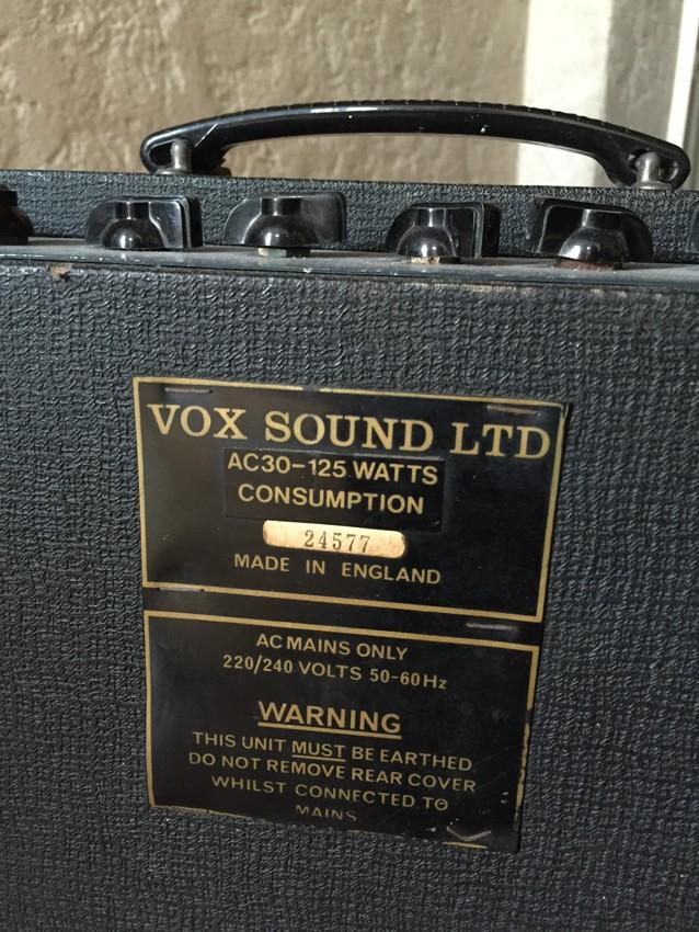 VOX03