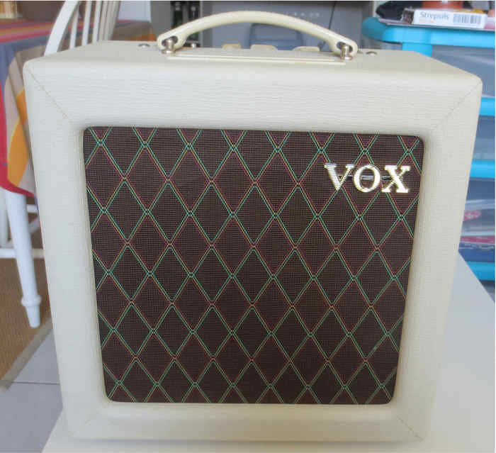 Vox AC4TV (48662)