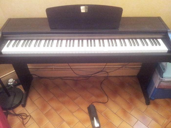 Photo yamaha clp 110 yamaha yamaha clavinova clp 110 for Yamaha clavinova clp 110