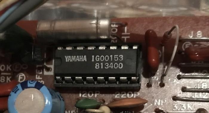 Yamaha CS15