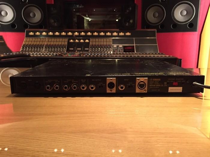 Yamaha D1500 (34478)