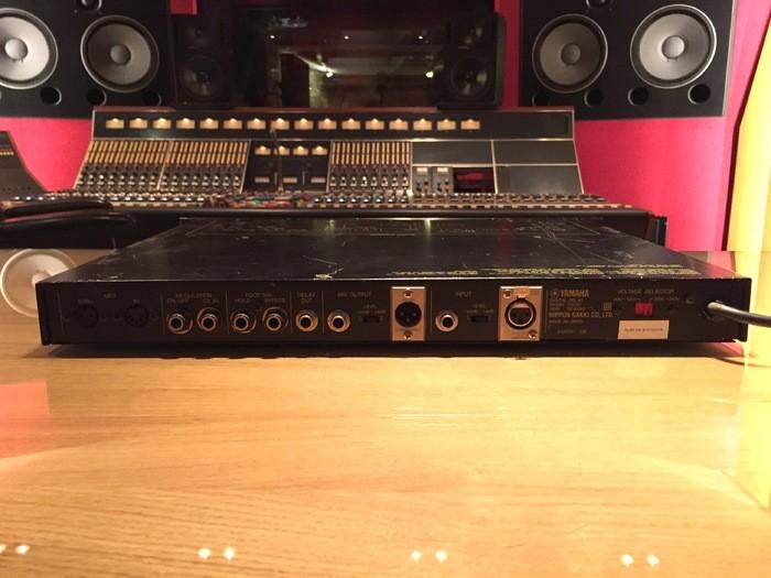 Yamaha D1500 (42743)