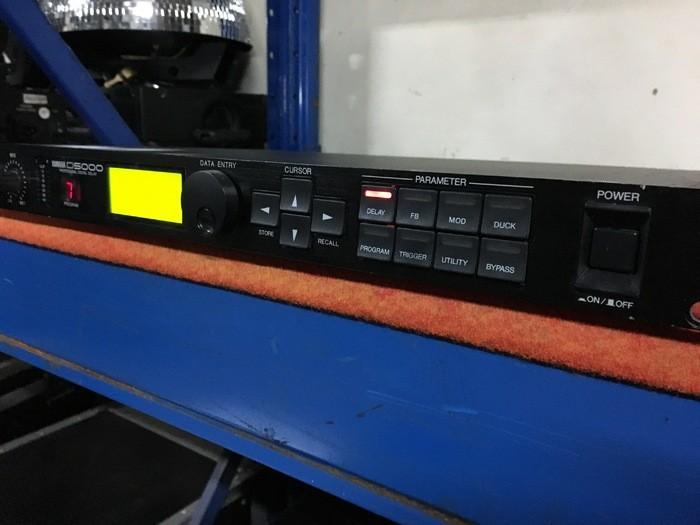 Yamaha D5000 (53735)