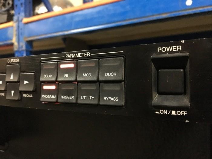Yamaha D5000 (98771)