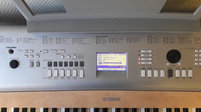 Yamaha DGX-620 pn777 images
