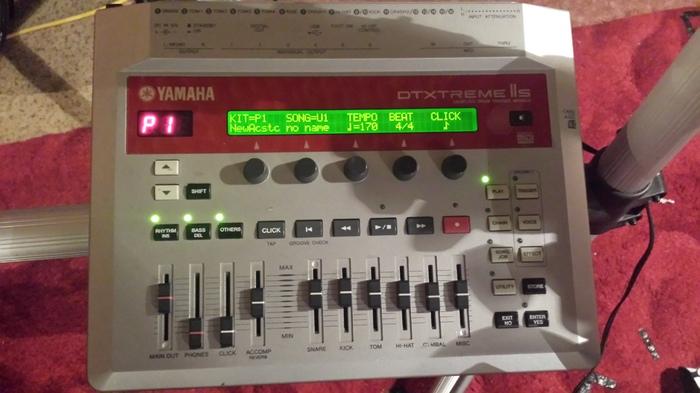 Yamaha DTXtreme IIS zythoun images