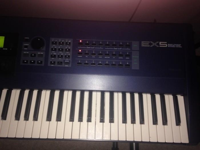 Yamaha EX5 (9825)